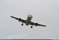 757 jet on approach by egmb757lover